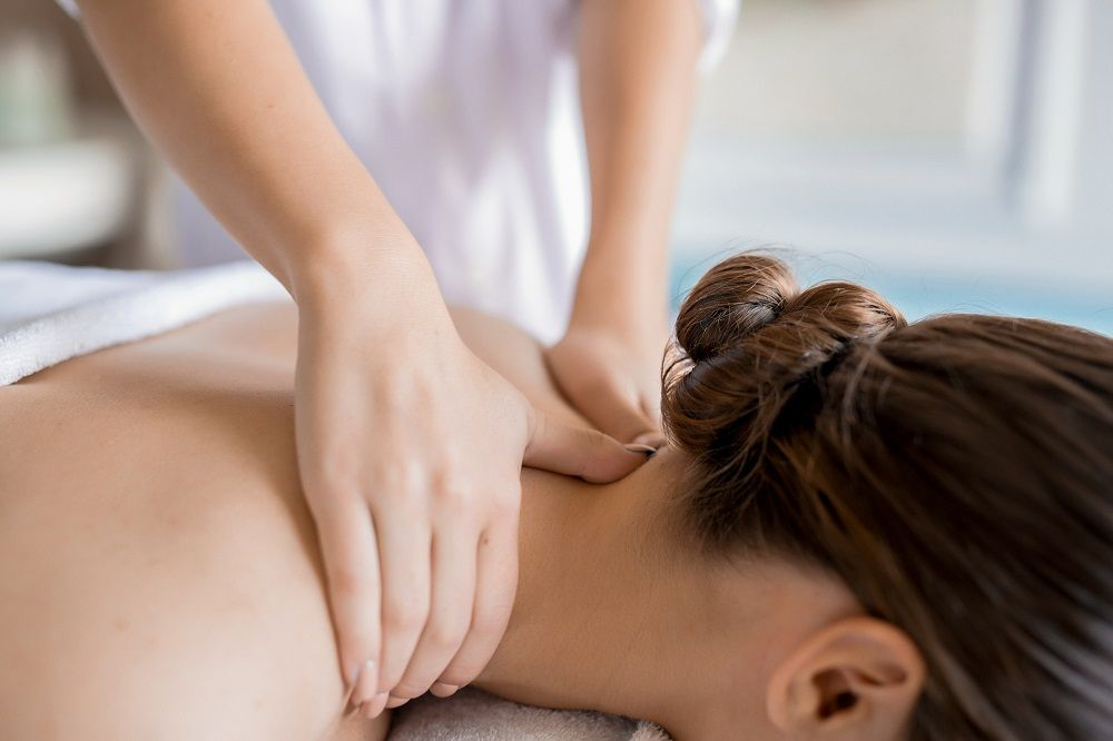 El masaje es el tratamiento más efectivo contra las contracturas