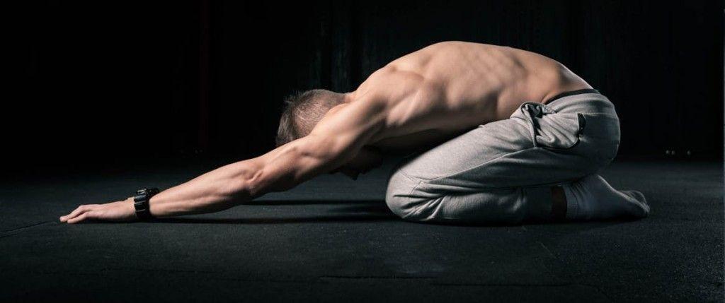 estiramiento para mejorar el dolor de espalda